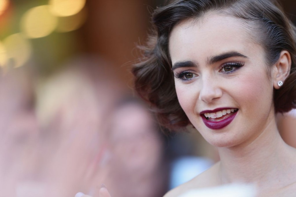 lily-collins-at-love-rosie-premiere-at-rome-film-festival_3