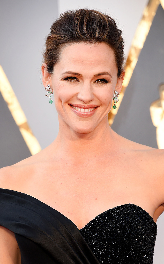 rs_634x1024-160228175848-634.Jennifer-Garner-Best-Beauty-Oscars-2016